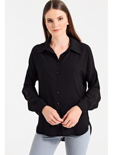 Jument Arkası Volanlı Uzun Kol Gömlek Siyah